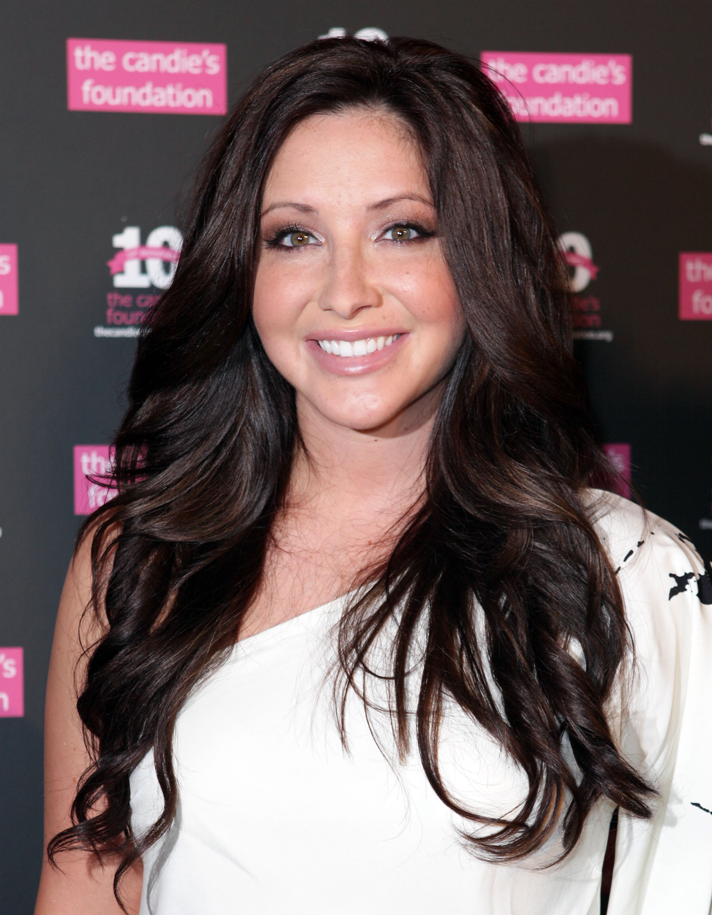 Photo of Bristol Palin and her 2017 clean make up style, products & tips