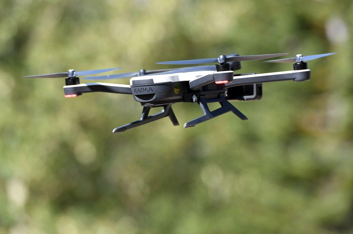 Border agents watch as drone flies 13 pounds of meth into us